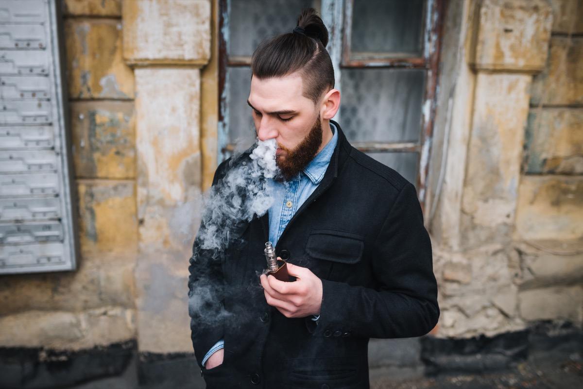 Cigarette électronique : quelle est cette e-cigarette ?